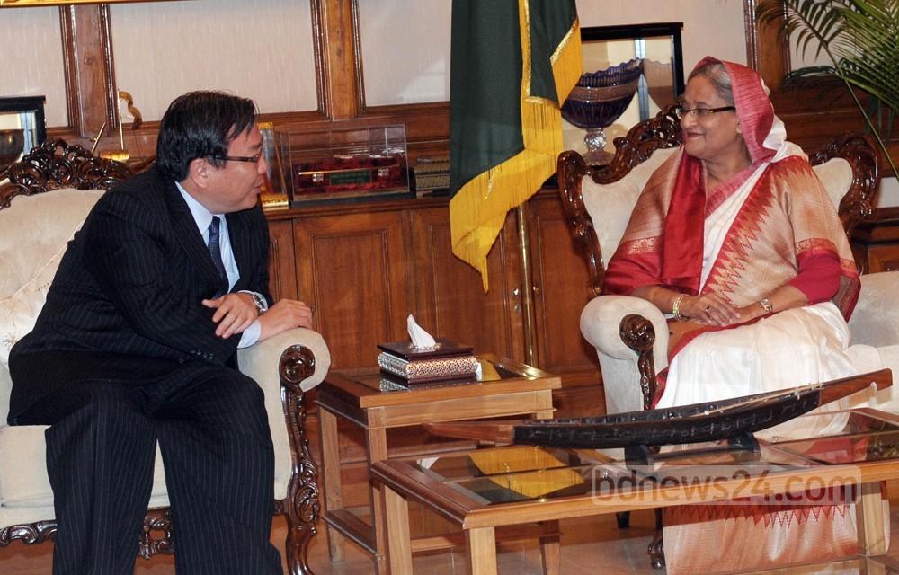 বাংলাদেশকে প্রথম সহায়তা দেবে AIIB