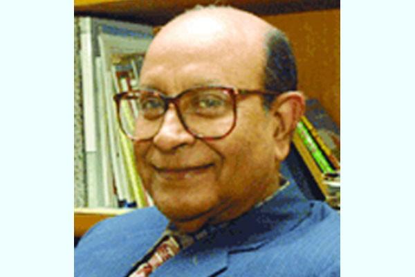 জাতীয় অধ্যাপক এম আর খান মারা গেছেন
